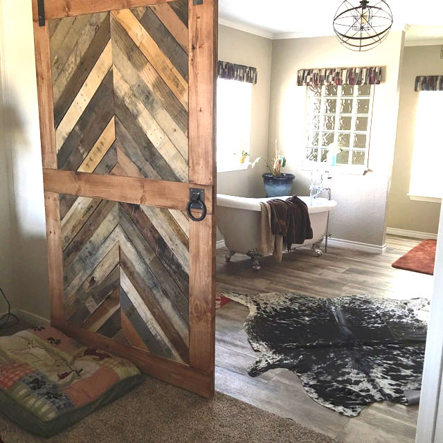 Reclaimed Barndoor